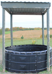 Prospect Equine Farms Inc Horse Hay Feeder Poly Round